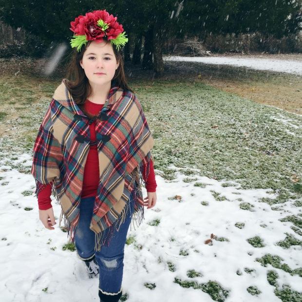 Snow Princess - Paper flowers on crown