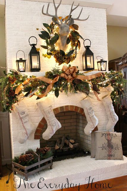 Magnolia Wreath Christmas Decor